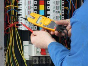 Монтаж электрощитка в квартире